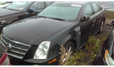 Cadillac STS 2011 года в разборке